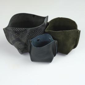 Vide poche kaki en cuir up cyclé made in Tarn